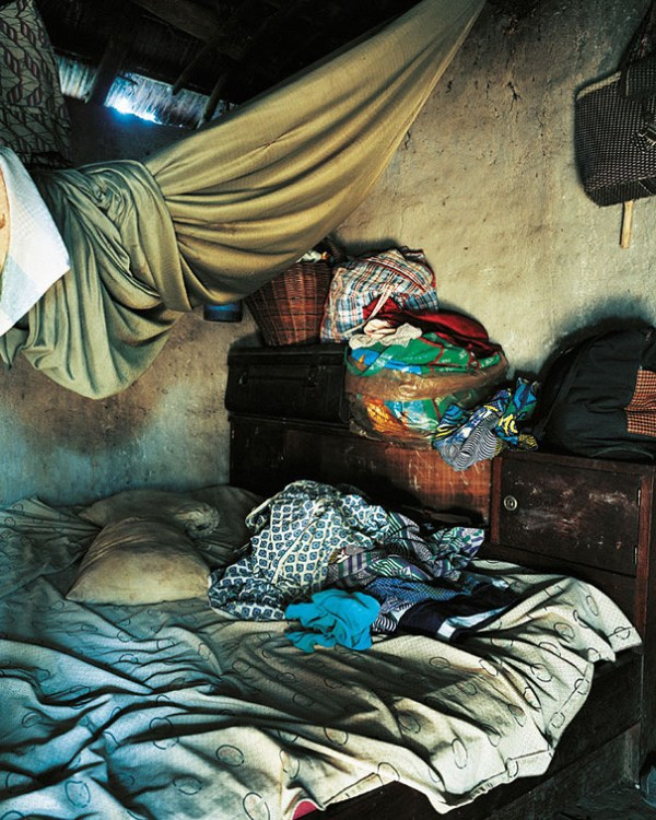 ANONYMOUS'S HOME by James Mollison - Where Children Sleep